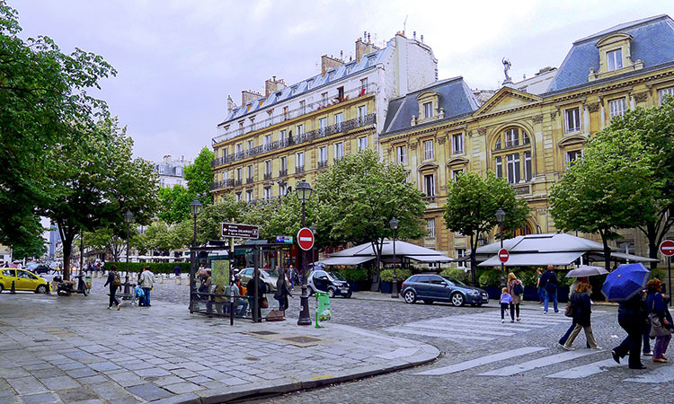 Luxury real estate in the 6th district of Paris