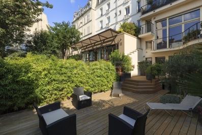 TOWN HOUSE – PARIS 16 – FOCH – PRIVATE ROAD - Ref : M-68623