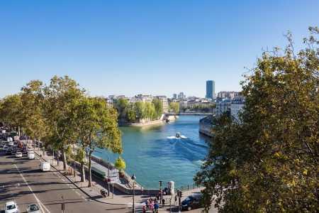 APPARTEMENT MEUBLE PARIS 75004 - Ref A-28551