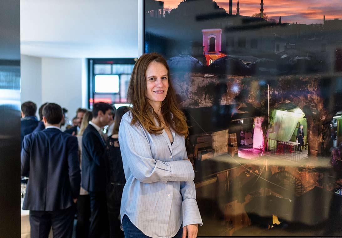 Exposicion del artista Floriane de Lassée en colaboracion con BARNES Art Advisory